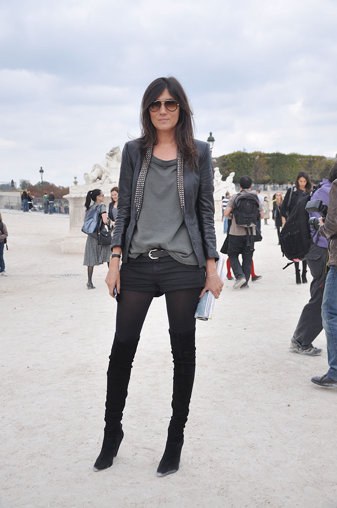 Emmanuelle Alt knee high boots