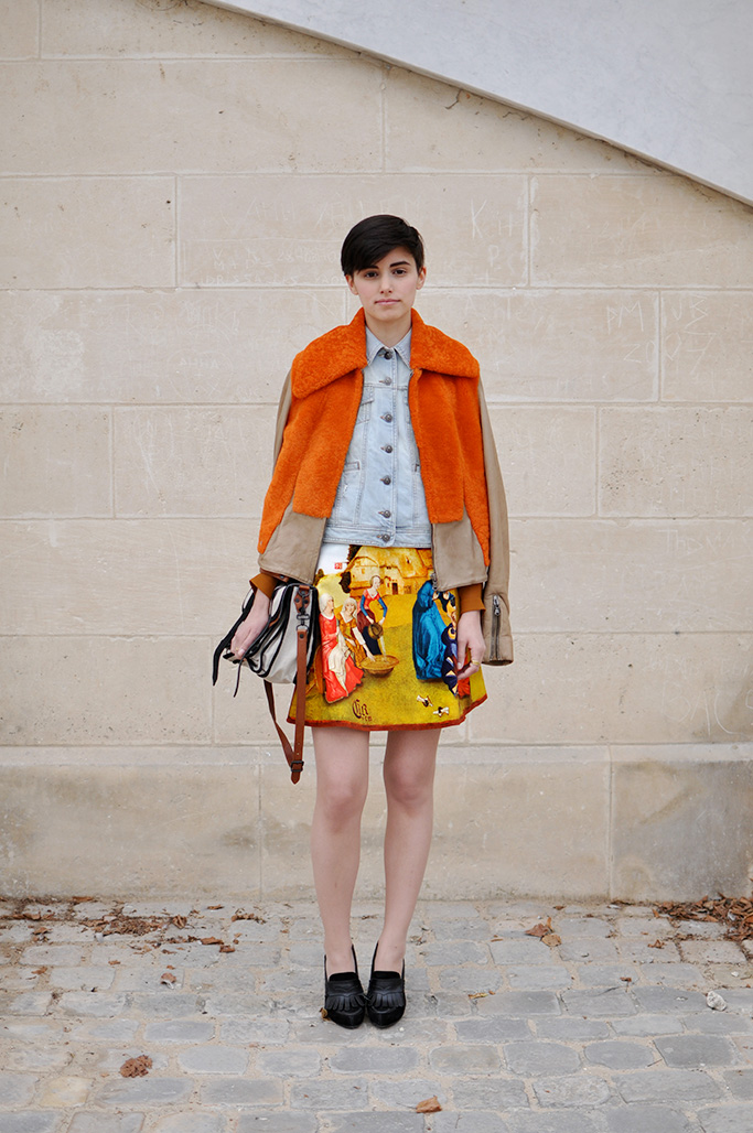 Anne-Catherine Frey in Carven skirt