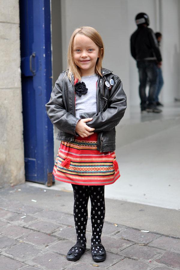 Anastasia, kids street style paris