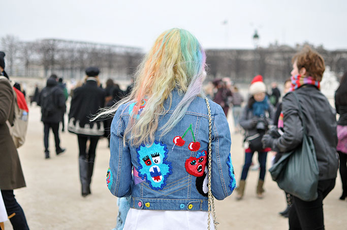 girl with tye dye hair