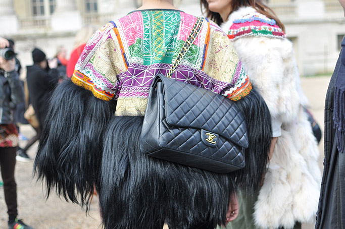Chanel Streetstyle · Chanel Bag