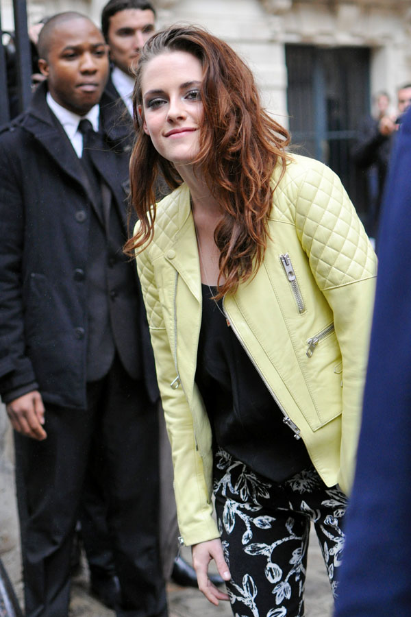 Kristen Stewart paris fashion week