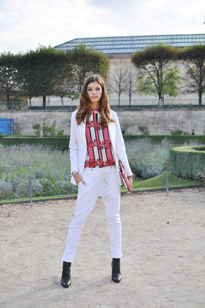 Model Marta Ortiz wearing Juan Vidal