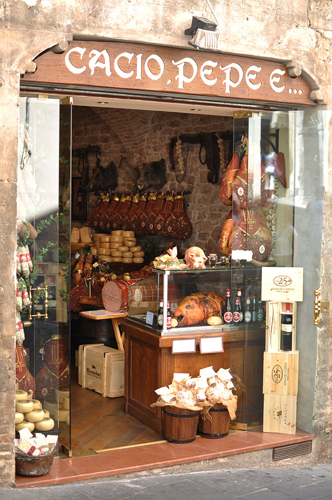 Cacio pepe, Assisi, Italy