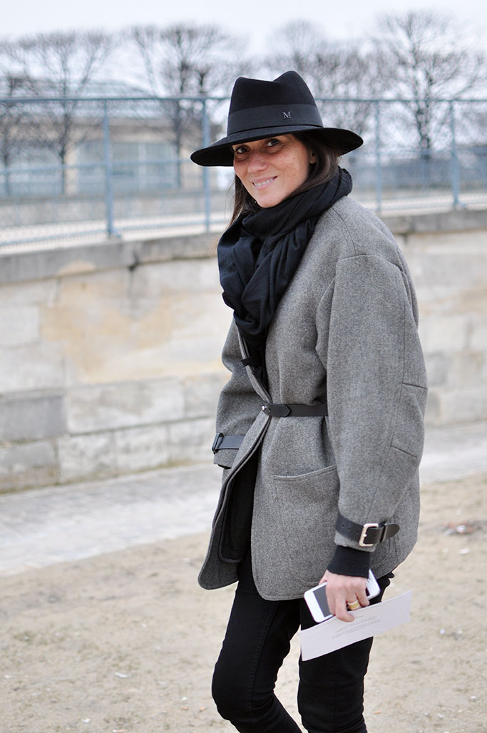 Emmanuelle Alt with hat