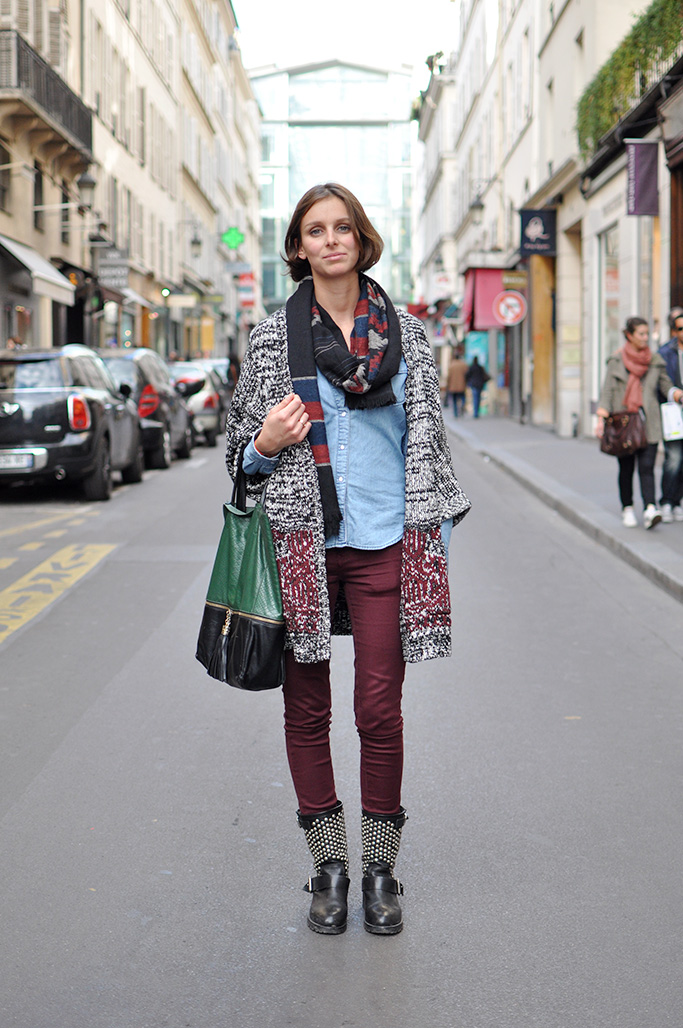 Girl with chambray shirt and burgundy pants, paris